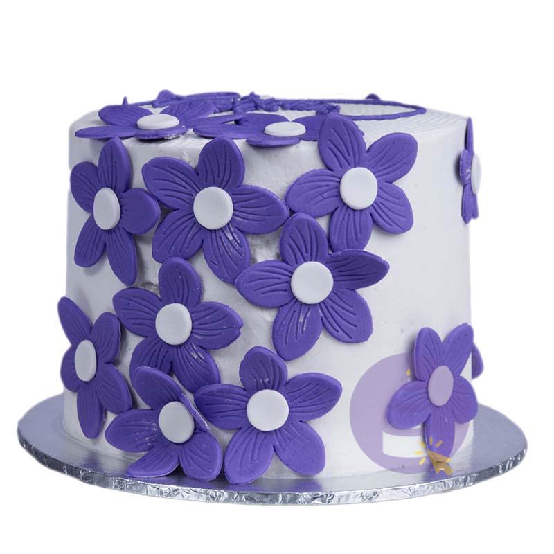 Sweet Petals Cake