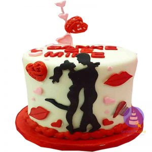 Valentine Lovers Cake